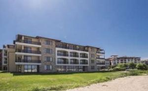 На Море в Най-Новия Хотел на Плаж Оазис, All Inclusive до 05.07 от Оазис Дел Сол, <em>Лозенец</em>