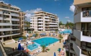 Лятна Поивка на Море 2019 в <em>Царево</em> - Ultra All Inclusive с Аквапарк След 25.08 в Хотел Хермес