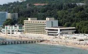 All Inclusive на Първа Линия с Чадър и Шезлонг до 03.07 от  Хотел Марина, Слънчев Ден