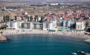 На Море в Поморие на Първа Линия 2019, All Inclusive до 10.07 от Феста Поморие Ризорт