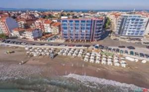 Първа Линия на Море Лято 2019, All Inclusive до 03.07 в Хотел Съни Бей, Поморие