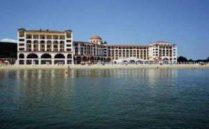 Топ Хотел на Първа Линия в <em>Обзор</em>, All Inclusive до 30.06 от Риу Хелиос Бей
