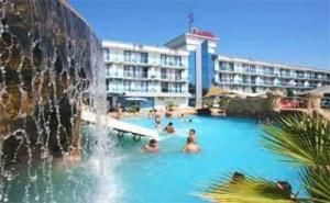 На Море Лято 2019 с Мини Аква Парк, All Inclusive до 04.07 в Хотел Котва, Сл. Бряг