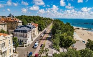 Почивка за Двама в Villa Promenade, <em>Бургас</em>