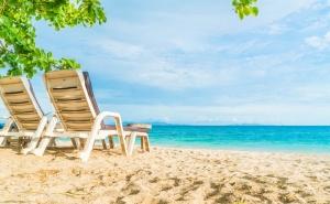 Лято и Море в Китен. Нощувка със Закуска* и Вечеря* в Хотел Албатрос, на 100М. от Плажа!