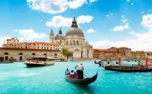 Романтична Екскурзия до Венеция, Падуа и Градът на Влюбените – Верона! 3 Нощувки със Закуски на човек + Панорамна Обиколка на <em>Загреб</em> от Еко Тур Къмпани