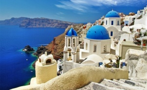 Мечтана Почивка на Незабравимия Остров Санторини, Гърция. Транспорт, 6 Нощувки на човек със Закуски от Та България Травъл