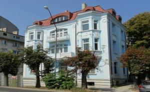 Почивка за Двама в Семеен Хотел Бел Епок Бийч, Варна
