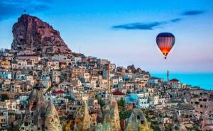 Самолетна Екскурзия до Кападокия! 7 Нощувки на човек със Закуски и Вечери + Билети и Входни Такси от Премио Травел