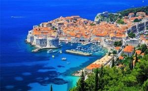 Last Minute! Екскурзия до Черна Гора и Дубровник за 24-Ти Май! 3 Нощувки със Закуски и Вечери в Хотел Obala 3* + Посещение на Будва с Далла Турс!