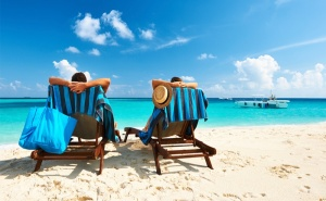 На Море в <em>Китен</em>! Нощувка със Закуска, Обяд и Вечеря + Басейн в Хотел Грийн Палас, <em>Китен</em> на 200М., от Плаж Атлиман!