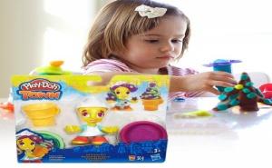 Комплект Пластелин Play Doh Town Продавачка на Сладолед