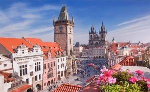 Лято в <em>Прага</em>! 4 Нощувки със Закуски в Хотел 3* + Посещение на Братислава и Сегед с Далла Турс!