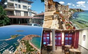 Нощувка на човек със Закуска и Вечеря по Избор + Напитки и Басейн в Семеен Хотел Слънце Vip Зона, на 100 М. от Плажа в <em>Созопол</em>