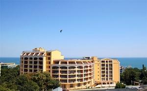 Лято в <em>Златни Пясъци</em>! All Invlusive + Басейн в Хотел Сентрал, на 300М. от Плажа!
