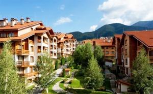 Лято в Банско. Нощувка, закуска и вечеря + голям басейн и СПА пакет в Хотел Св. Иван Рилски 4*!