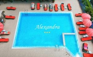 Нощувка на човек със Закуска, Обяд и Вечеря в Хотел Александра, Свети Влас