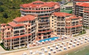 Лято на Първа Линия в К.к Елените! All Inclusive + Басейн и Вход за Аквапарк атлантида в Хотел Андалусия Бийч 4*!