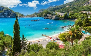 Автобусна Екскурзия до о-в Корфу през Септември! 4 Нощувки със Закуски и Вечери в Хотел 3* с Далла Турс!