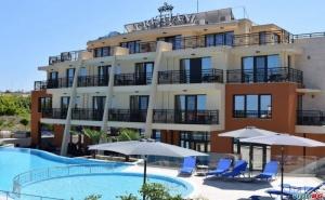 Лятна Почивка Лукс Близо до Плажа в Созопол, Ранни Записвания Полупансион След 25.08 в Хотел Кристиани