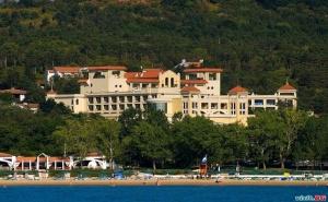 Оферта 2021 за Море в Дюни, All Inclusive с Включен Плаж и Аквапарк през Юни в Хотел Белвил