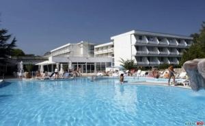 Най-Ниските Цени за All Inclusive в Албена След 20.08 с Шезлонг и Чадър на Плажа от Хотел Алтея