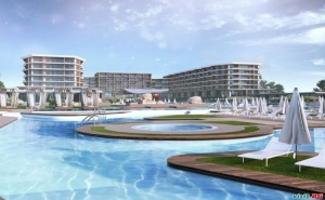 На Първа Линия Топ Нов Хотел с Аквапарк, All Inclusive за Двама След 23.08 в Уейв Ризорт, Поморие
