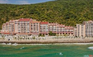 На Плажа в <em>Елените</em> Лято 2019, All Inclusive с Аква Парк След 23.08 от Хотел Роял Бей