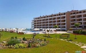 Почивка на Първа Линия на Плаж Нестинарка, Студио за Двама до 05.07 в  Апартхотел Реджина Маре, Царево