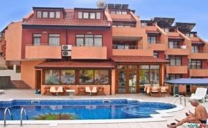 Лятна Почивка 2020 до 15.07 със Закуска и Вечеря в Хотел Аполис, Созопол