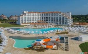 Супер Оферта за Нов Хотел на Обзор, All Inclusive от 28.08 с Безплатен Плаж от Сънрайз Блу Меджик Резорт