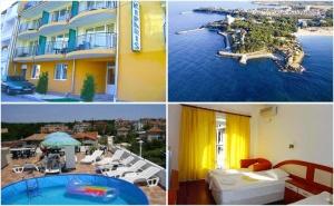 На Море през Септември! Нощувка със Зауска, Обяд и Вечеря в Хотел Кипарис, <em>Китен</em>!