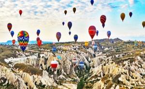 Автобусна Екскурзия до Кападокия, Анкара и Истанбул! 4 Нощувки със Закуски и Вечери + Посещение на Езеро Тузгьол, Мол форум Истанбул и Одрин с Далла Турс!