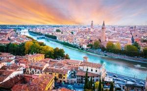 Септемврийски Празници в Италия! Екскурзия до Загреб, Верона и Венеция + Възможност за Шопинг в Милано! 3 Нощувки със Закуски в Хотел 2/3* Заедно с Далла Турс!