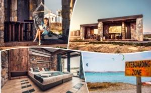 Лято на 1-ва линия на о. Лимнос, Гърция! Нощувка на човек или нощувка със закуска в хотел Keros Blue. Дете до 12г. - безплатно
