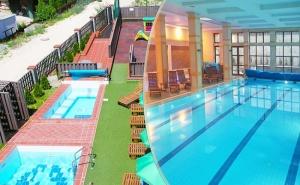 Уикенд в Банско! 2 нощувки на човек + закуски или закуски и вечери по желание + басейни и релакс зона в хотел 7 Пулс & СПА