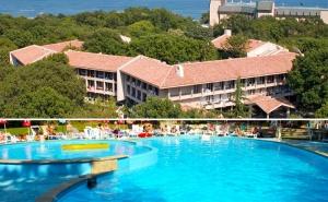All Inclusive + Басейн в Хотел Преслав, <em>Златни Пясъци</em>, на 150М. от Плажа!