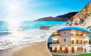 Септември на о.<em>Лефкада</em> на 200М. от Морето! Нощувка за Двама, Трима или Четирима + Кухненски Бокс и Морски Изглед на Супер Цена в Aggeliki Apartments**, Гърция!