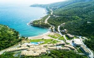 24.09-30.09 на 1-ва линия на о. <em>Тасос</em>, Гърция! Нощувка на човек със закуска +  басейн в Thassos Grand Resort*****
