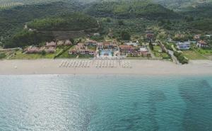 5 дни за двама със закуска и вечеря от 28.09 в Bomo Assa Maris Beach
