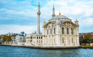 Екскурзия до <em>Истанбул</em>! 2 Нощувки на човек със Закуски + Транспорт и Посещение на Одрин от Луксъри Травел