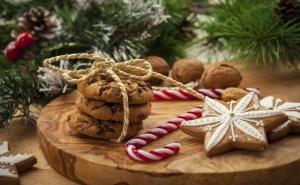 Коледа в Хотел Макси - Велинград! Пакет от Три Нощувки на човек със Закуска и Коледна Вечеря, Ползване на Спа Център и Анимация за Деца /23.12.2019 - 26.12.2019