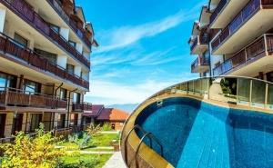 Нощувка на човек + басейн и релакс зона от Комплекс Четирилистна Детелина, Банско