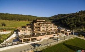Отмора през Седмицата в Спа Столицата на Балканите, Оферта със Закуска за Двама от Хотел Вела Хилс, Велинград