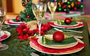 Коледа в с. Иново в Сърбия! 2 Нощувки на човек със Закуски и Вечери, Едната Празнична с Жива Музика и Неограничена Консумация на Алкохол от Етно Конак Анджела, Сърбия
