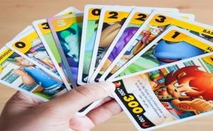 Yo-Kai Watch booster de io cartes Стратегическа игра на карти