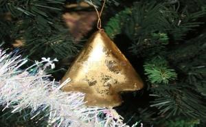 Коледна Играчка Златна Елхичка