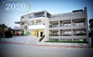 Нова Година в Паралия Катерини, Гърция! Транспорт + 3 Нощувки на човек със Закуски и 2 Вечери в Хотел Riviera Olympus Gods + Доплащане за Празничен Куверт от Караджъ Турс