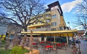 4 Нощувки на човек на Цената на 3 + Закуски, Вечери, Топъл Минерален Басейн и Спа Пакет от Хотел България, <em>Велинград</em>