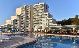 Лято 2020 в Албена на Първа Линия, Цена на човек за All Inclusive до 01.07 и След 25.08 в Хотел Боряна